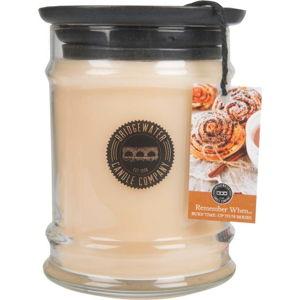 Svíčka ve skleněné dóze s vůní orientu Bridgewater candle Company Remember When, doba hoření 65-85 hodin