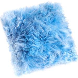 Světle modrý polštář z ovčí kožešiny Royal Dream Sheepskin, 45 x 45 cm